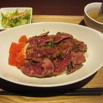35604874 - ステーキ丼(950円)サラダ・スープが付きます。