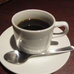 35604875 - コーヒー100円。
