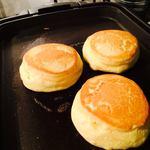 幸せのパンケーキ - もこもこフワフワ焼き上げ中♪