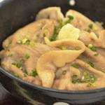 静内産ホエー豚 塩ぶた丼