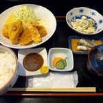 おいしい台所12カ月 - 〔日替ランチ〕ミックスフライ定食(¥800)