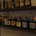 BAR 坂梨 - 料理写真:古いお酒が並んでいます。