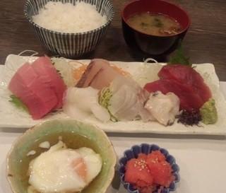 与楽 - 本日のお刺身定食