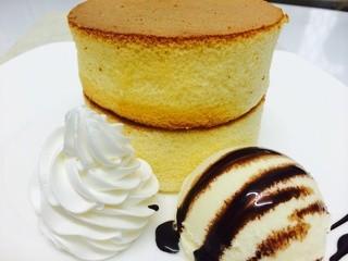 カフェバーディ - 3月から新登場!厚切りパンケーキ