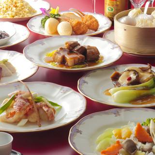 広東料理をベースに巧みにアレンジ