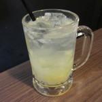 居酒屋三蔵 - 生絞りグレープフルーツサワー 518円