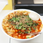 ビンギリ - 料理写真:勝浦タンタン麺+味玉