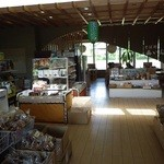 相生物産館 - お土産売り場の奥にそば屋あり