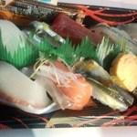 すし丸 - 地魚と季節のにぎり10貫(並)850円 (2015.02.24)