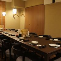 バラモン食堂 - 襖で仕切られ完全個室になる部屋です。