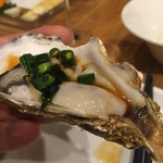 OYSTERS,INC. - 牡蠣