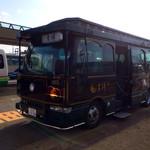 35660533 - 旅館専用送迎バス