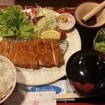 花のれん - 料理写真:【H27.3.6】さくさく麦豚ロースかつ(すりごま付)御膳1080円。