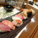 わ食場 はす家 - 2013年11月 寿司ちょっと盛り合わせ【780円】これで780円?!となりのお客さんが頼まれたのを撮影だけさせてもらいました♪あまりにもすごい内容だったので!