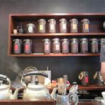 豆香洞コーヒー - カウンター席。