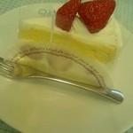 パステル - 遅くに行ったら ケーキを無料で頂けました 全席に配っていました
