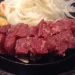 焼肉・ステーキ みーとがぁでん - ビフテキランチ200g