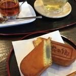 雪花の郷 - 焼き菓子とお茶のセット