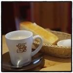 コメダ珈琲店 - たっぷりミルクコーヒー、モーニングセット。 一眼で。 カフェオレより好き。