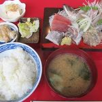 館山食堂 - 刺身盛り定食 980円