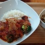 オンジャパン カフェ - 塩麹豚のトマトシチュー