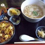そば割烹 きごころ - 料理写真:煮込みうどんのかき揚げ丼セット(800円)_2010-03-28
