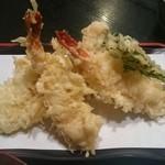 天ぷら かんだ - 天ぷら定食 海老2本で780円はお得ですね。