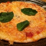 小ぼけ - アンチョビのピザ