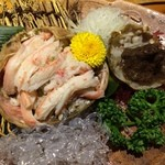 35703856 - 女ガニの甲羅詰め。小振りな蟹だからこその強い甘み。。。最高です><