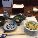 35706601 - 旬乃献立(2800円)は天ぷら10品にサラダと先付がつきます。