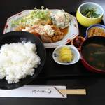 唐九郎 - 料理写真:ランチ(チキン南蛮)870円