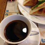 珈琲 はなや - トーストサンドセットにその日のサービスコーヒーをチョイス(コロンビア?)