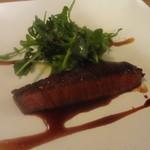 35713714 - 和牛モモ肉(しんしん)のステーキ