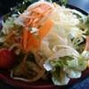 味園 - 料理写真:わかめサラダ(450円)