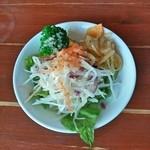 ダイニングカフェ・オーパ - セットのサラダ