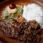 びっくりドンキー - 料理写真:ハンバーグ&牛肉プルプル