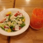 ポポラマーマ - シーザーサラダと野菜ジュース