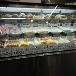 神戸屋 - 惣菜のショーケース