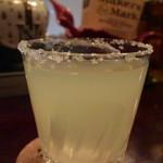 バー ルート - ソルティドッグ、本格派で美味しい一杯だった。