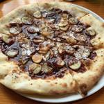 ドーノ - デザートピザ キャラメルバナナチョコ