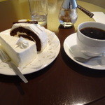 35732339 - フレンチロースト レアチーズ ショコラケーキ