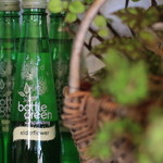 キチカ - bottle green