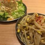 大阪焼肉・ホルモン ふたご - もやしナムルとポテトサラダ