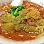 35739627 - カレールウと担々麺スープの二層式