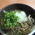桃山亭 - 肉ぶっかけ中(冷)