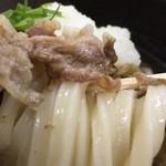 桃山亭 - 麺は〆てシッカリ