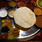 南國堂 - インド定食1,400円 上から画像