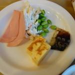 ホテルルートイン - 玉子焼き、塩鯖、ハム、マカロニサラダ&枝豆