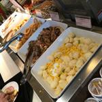 三井ガーデンホテル - いも、豚丼、オニオンフライ