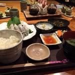 しらすや 腰越漁港前店 - ヒラメ刺身定食